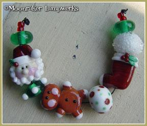 Santaville Bead Set